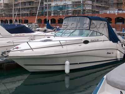 Rinker 242 FV Sports Cruiser