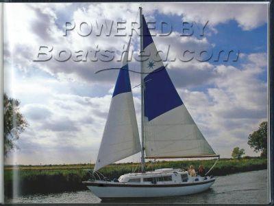 Bermudan  Sloop Broads Aux. Yacht