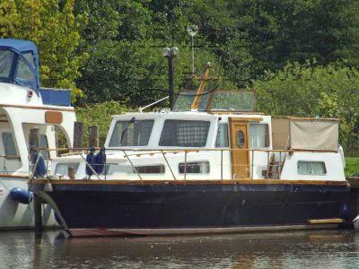 Aquafibre 36 Motor Cruiser