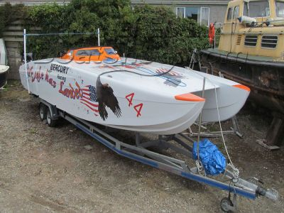 XCAT 32 Poker Run Boat