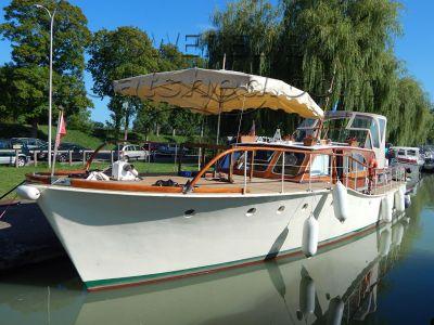 Classic Motor Cruiser  Steel hull TSDY