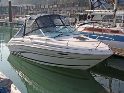 Sea Ray 215 Cruiser