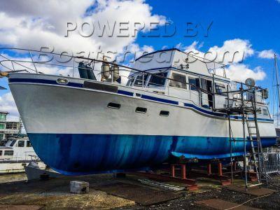 Steel Motor Yacht 42