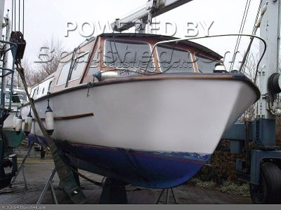 Dawncraft Wroxham 30ft Broads Cruiser