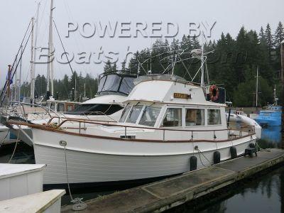 Grand Banks 32 Sedan Trawler