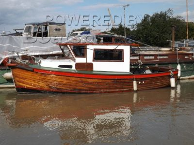 Clinker Cabin Cruiser 25ft