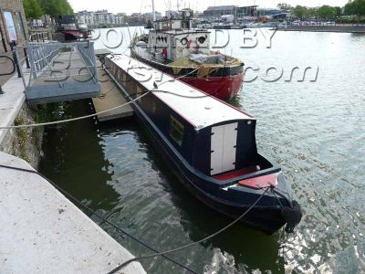 Narrowboat 70ft Cruiser Stern