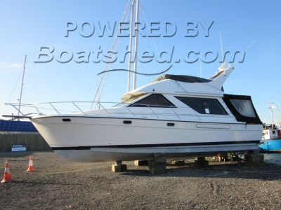 Bayliner 3988 Flybridge