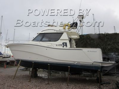 Rodman 1170 Flybridge Sports Fisher