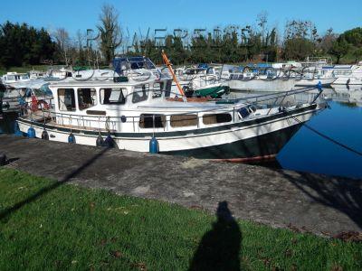 Dutch Steel River Cruiser