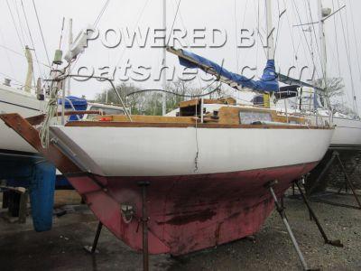 Holman 26 Wooden Sailing Yacht