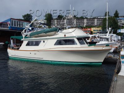 Barry Farrell 38 Flybridge Trawler