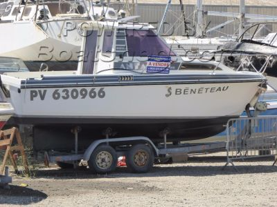Beneteau 640 With trailer