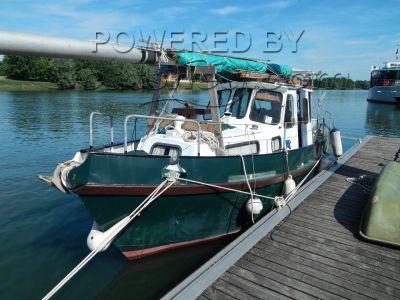 Motor Sailor 29 Ft Junk Rig