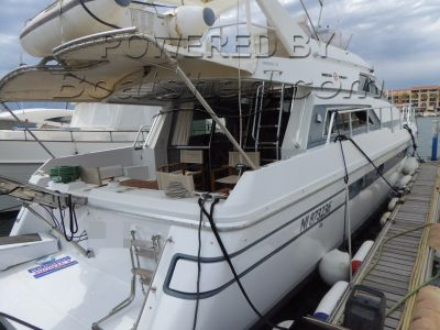 Mochi Craft 46 Flybridge  Refit complet 2006