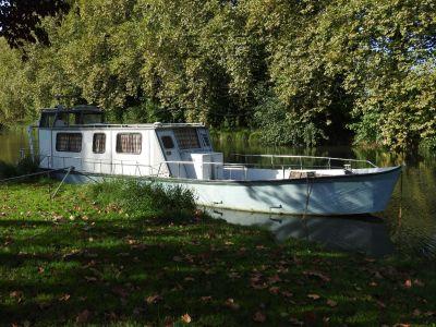Aluminium Houseboat Just 18cm draught