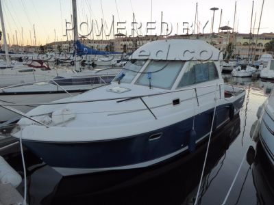 Beneteau Antares Series 9 Fast Fisher economique