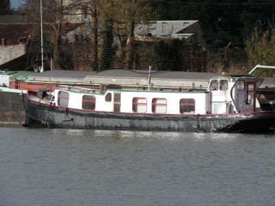 Luxemotor Dutch  Barge live aboard barge