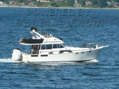 Bayliner 3870 Flybridge Motor Yacht