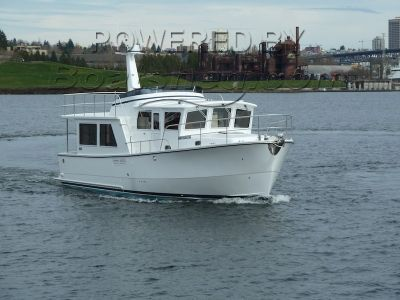 Helmsman Trawlers 43 Pilothouse