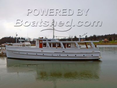Custom Classic 76' Motor Yacht Charter, live-aboard, or cruise