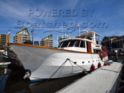 Motor Yacht 52ft with London mooring