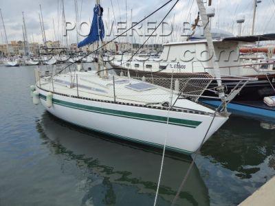 Jouet 37 Regatta boat