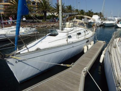 Beneteau 300 With Med mooring  900 Euros per year