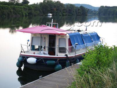 Jeanneau Eau Claire 930 house boat
