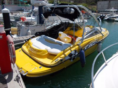 Crownline 205 CCR speed boat