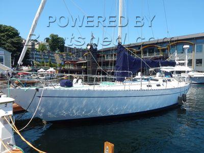 Bruce Roberts 45 Offshore Cruiser