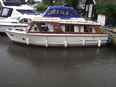 Classic Broads Cruiser
