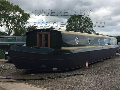Wide Beam 60ft Cruiser Stern