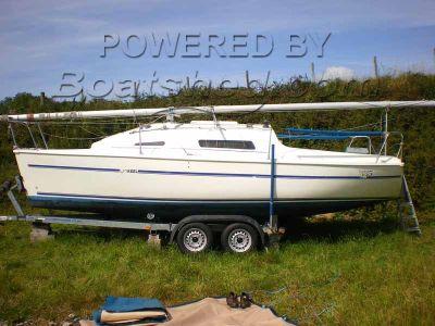 Parker Lift-Keel Yachts 235