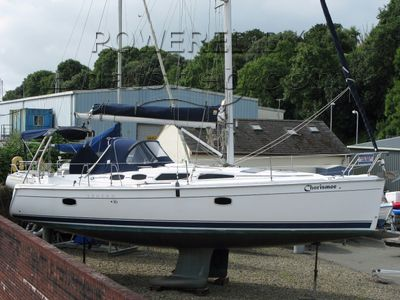 Hunter Legend 36