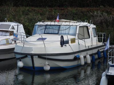 Nicols Riviera 920 Mooring paid until August 2018