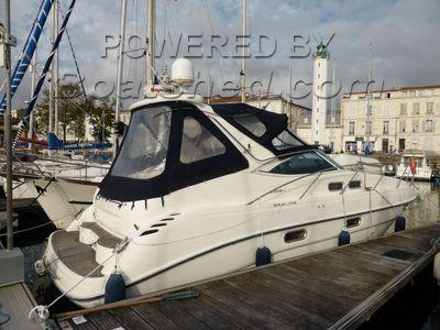 Sealine S34 Teak deck