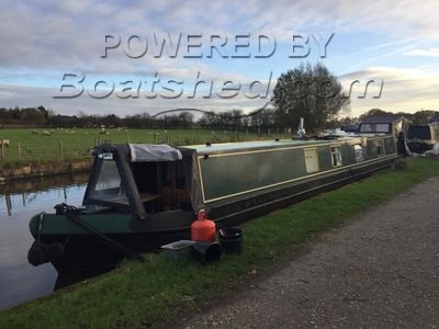 Narrowboat 59ft Cruiser Stern