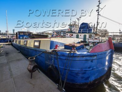 Barge 57ft with London mooring