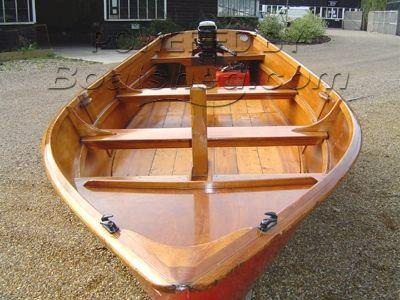 Yachting World Bass boat