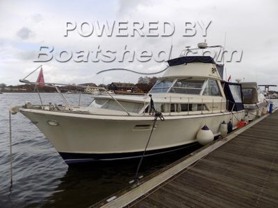 Chris-Craft Commander 38 Flybridge! NOW FURTHER REDUCTION!!