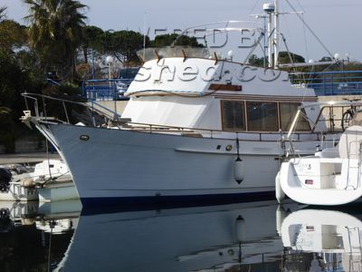 Island Gypsy 44 Chalutier cabine arrière