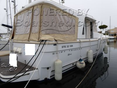 Beneteau Swift Trawler 34 Sedan, low air draught, all options