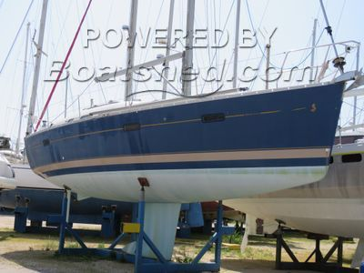 Beneteau Oceanis 373 Clipper 2 cabin owner version