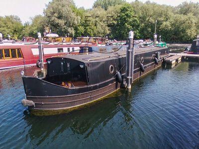 Wide Beam 65ft Cruiser Stern