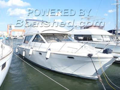 Bayliner 3988 Sports express cruiser