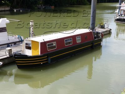 Narrowboat 33ft With Paris mooring