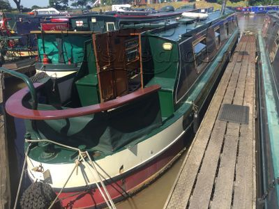 Narrowboat 55ft Cruiser Stern