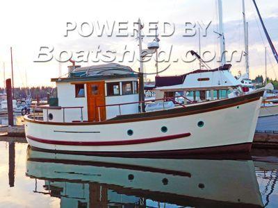 BC 32 Tri-Cabin Trawler Traditional North Sea Pilot House Trawler