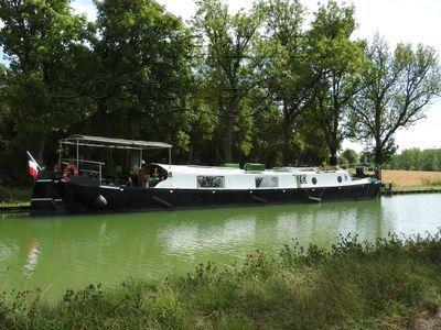 Dutch Barge 23m Certificat communautaire jusqu'en 2020, très bien entretenue.